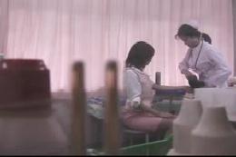 新人女子社員健康診断 診察室検診 トイレ検尿 着替え