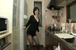 ★熟女のストリップ・ダンス/Yさん(53歳)其の二★