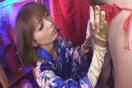 魅惑のサテンサロンへようこそ♪ 〜サテングローブ手コキ〜