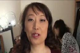 【ブス専】パッとしない熟女49歳☆お化粧からのバイブからの→…