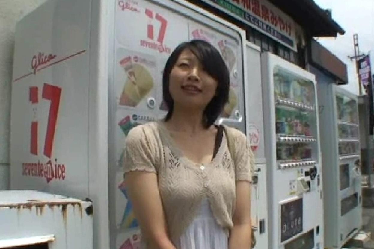 人妻湯恋旅行 029