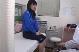 女校医放課後盗撮 06