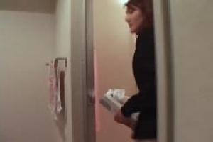 無料動画 マニア放尿トイレ