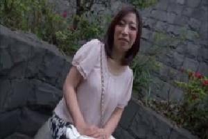 無料動画 巨乳不倫フェラ 電マ/バイブ人妻
