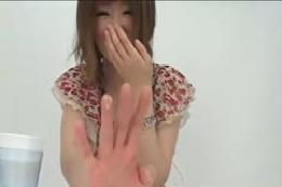 【鼻クソ】素人の女の子が鼻くそをほじってしまった動画集!!可…