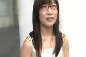 無料動画 素人人妻メガネ