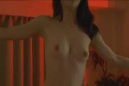 【ダンス動画】いきなり全裸の綺麗なお姉さんがヨガ風ダンス☆さ…