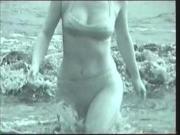 素人の水着スケスケ!海水浴赤外線盗撮3 Scene.1