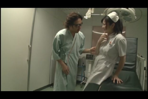 夜勤の熟女看護師にねだり猥褻 5 はつらつとした美熟女ナース…
