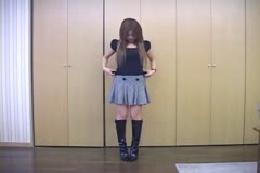 【ヌード】ミニスカ・ロングブーツのお姉さんがどんどん脱いできますよ!細身のエロい体♪♪♪