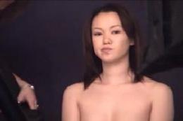 裸の写真を撮らせる女性を冷静な目で観察してみる 3
