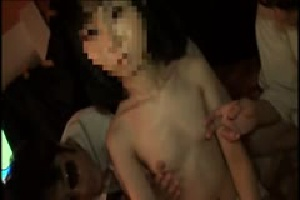 無料動画 3P/4P美少女 貧乳/微乳