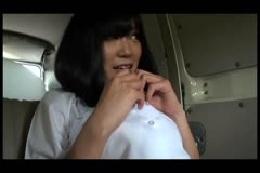 授業をサボって援交してるアイドル顔負けの美少女JKは見た目と…