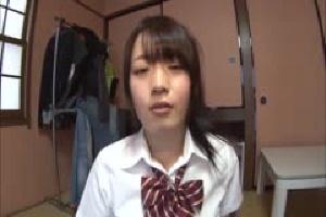 無料動画 女子校生 巨乳 痴女美少女制服