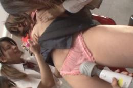 レズ陵辱3女生徒に犯られた巨乳女教師…