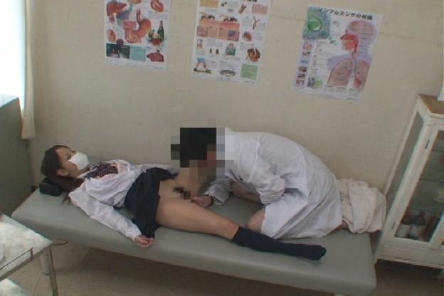 ドクターハラスメント 昏睡診察室010