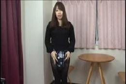 【下着フェチ】スカートの中のパンティを見せてもらって抜きたい…