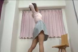 【ダンス動画】透けブラお姉さんの悩殺ストリップ☆パイパンま●…