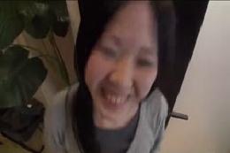 【ダンス動画】マンすじお姉さんのエロダンスは必見☆美乳おっぱ…